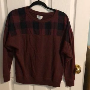 Old navy burgundy sweater